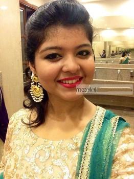Vinu Udani Siriwardana chubby girl showing boobs
