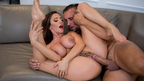 Real Wife Stories: Ariella Ferrera - Had Some Fun, Gotta Run (1080p)