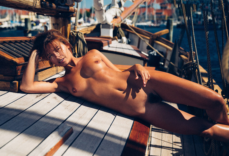 Marisa-Papen-nude-photo-shoot-like-a-naked-captain-on-a-yacht-t6r031oo05.jpg