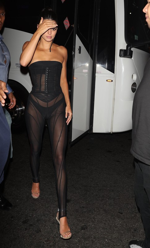 Kendall Jenner wears a tight black outfit at 1 Oak Harper's after party in NY