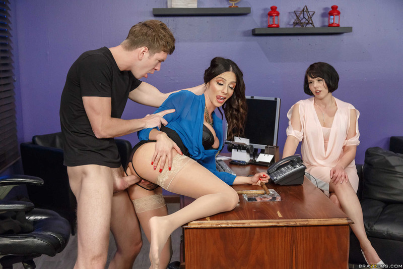 Ariella Ferrera : The Trophy Husband ## BRAZZERS i6r0usufgy.jpg