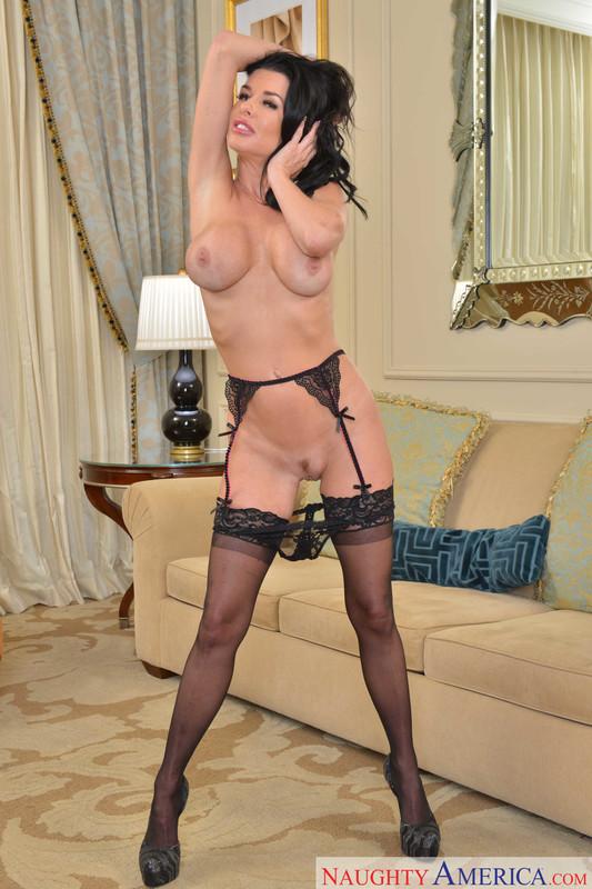 Veronica Avluv - Porn Star Experience ## Naughty America