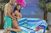 BigWetButts - August Taylor - Carnival Queen - Sept 23