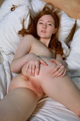 Anicka – Red Head 09-27-i6r8ugmcin.jpg