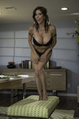Alexis Fawx - The Nest Is The Best 10-19 16ru3dvthz.jpg