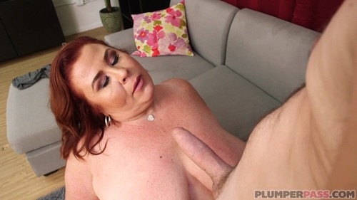 PlumperPass 18 10 24 Lady Lynn MILF Melons For Mechanic XXX 1080p MP4-KTR