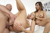 Cherry Kiss, Frida Sante - Mom & Dad Are Fucking My Friends 21 10-31 t6scnwod52.jpg