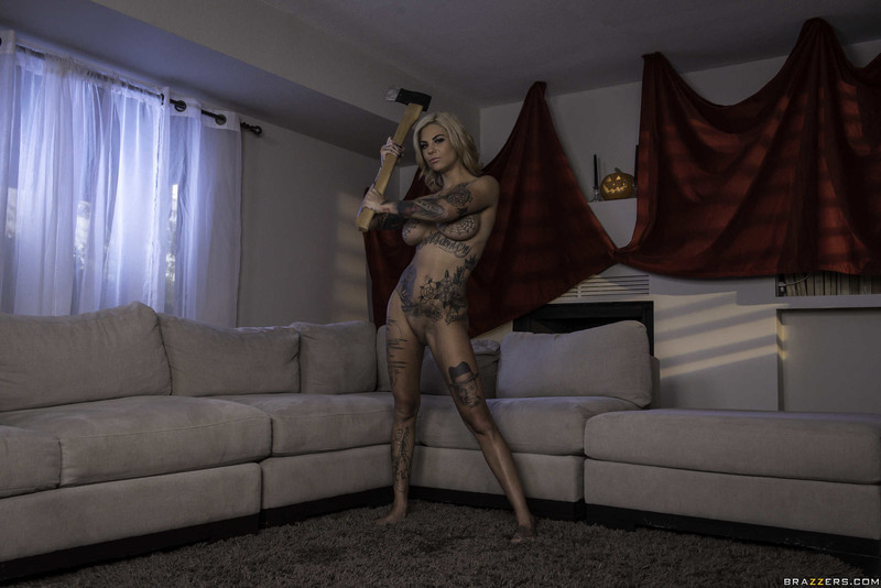 Bonnie-Rotten%2C-Kira-Noir-%3A-He-Came-At-Night%3A-Part-2-%23%23-BRAZZERS-76scu6vpz3.jpg