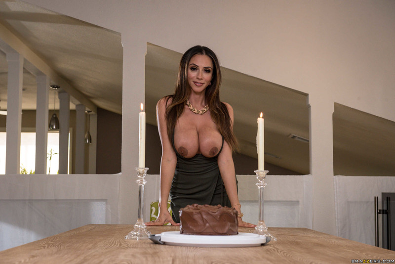 Ariella-Ferrera-%3A-Dinner-for-One%2C-Table-for-Two-%23%23-BRAZZERS-76s3whi1lv.jpg