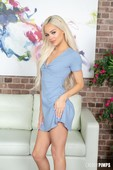 Just-Can-t-Get-Enough-Of-Elsa-Jean-LIVE--h6s48how0k.jpg