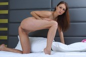 Nicol-D-Brunette-opens-her-legs-to-show-her-shaved-cunt-11-16-g6s5qu24vl.jpg