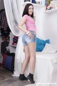 Jenny-Sapphire-Teen-showing-her-round-butt-11-18-g6s7n6jsgm.jpg