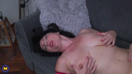 MatureNL 18 09 07 Candy Red And Helen Lesbian XXX 1080p MP4-KTR