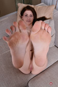 Hannah-Hays-Footfetish-Set-%23365088-11-23-36slidmy7x.jpg