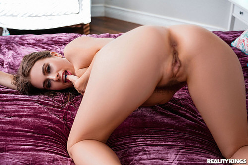 Teens Love Huge Cocks: Jill Kassidy - Skinny Dip Dicking (1080p)