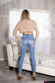 Chloe-Temple-Temple-of-Tight-Jeans-12-06-66sulgc4fi.jpg