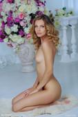 Elina-De-Leon-Perfection-12-15-26tdb2s10s.jpg