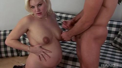 I Am Pregnant XXX 720p WEBRip MP4-VSEX