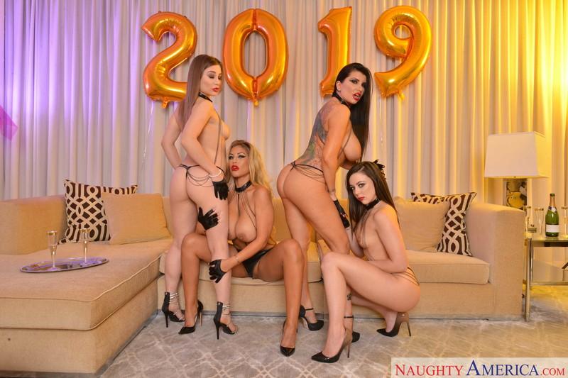 Bridgette-B%2C-Dolly-Leigh-%26-Romi-Rain-%3A-Secret-NYE-Porn-Party-%23%23-Naughty-America-a6tuv7azvf.jpg