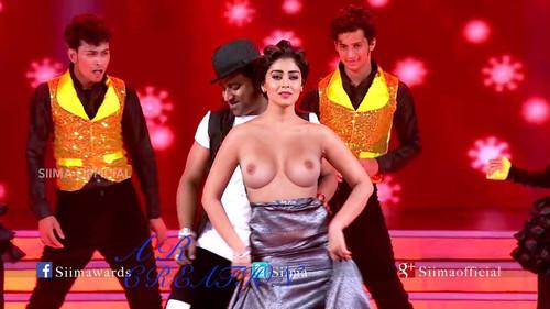 kishori shahane nude sexy pics cum 3