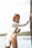Laina-Outdoor-Beauty-01-19-16txn3rowa.jpg