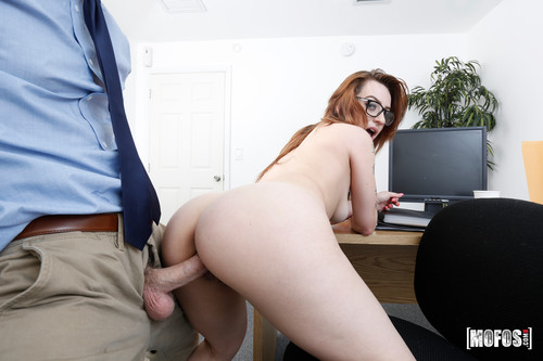 I Know That Girl: Scarlet Johnson - Oral Fixation (1080p)